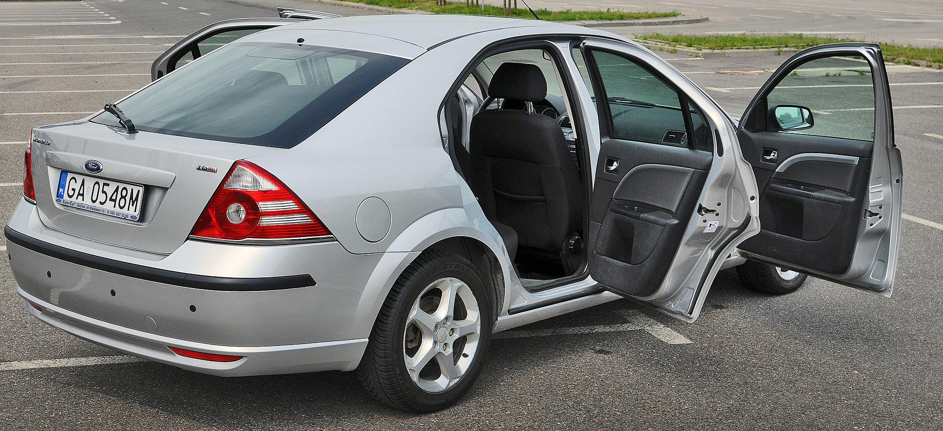 Skup aut – na co uważać podczas sprzedaży pojazdu? Poznaj 6 zasad efektywnej sprzedaży samochodu